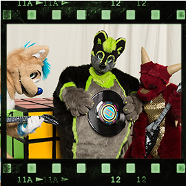 Eurofurence 2016 fursuit photoshoot. Preview picture of Saphiros, Greeny, Luuwaku
